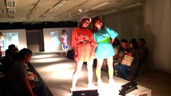 ファッションビジネス科 ファッションショーテーマ「RAINBOW」