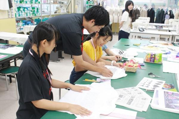 7/21(土)オープンキャンパス開催!オリジナルの服を作ろう!Tシャツリメイク体験★